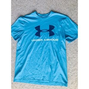 Under Armour loose tee